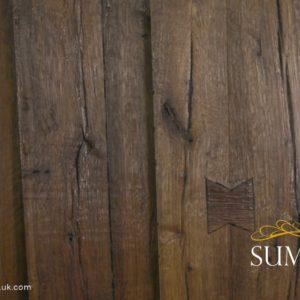 Summum wood swatch in Rustic Oak