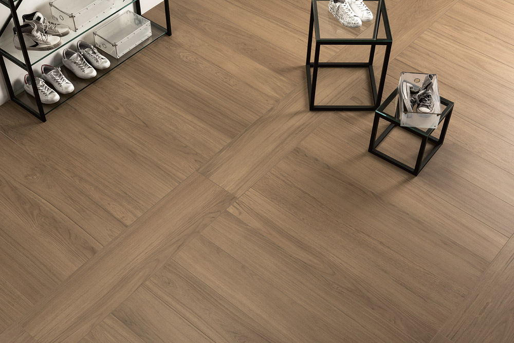 Interior wood effect porcelain tiles