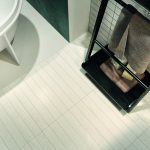 Evood wood effect tiles in the finish Tone White used in a bathroom