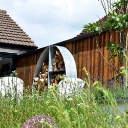 garden design by decorum.london using shou sugi ban charred kebony yakiusgi finish
